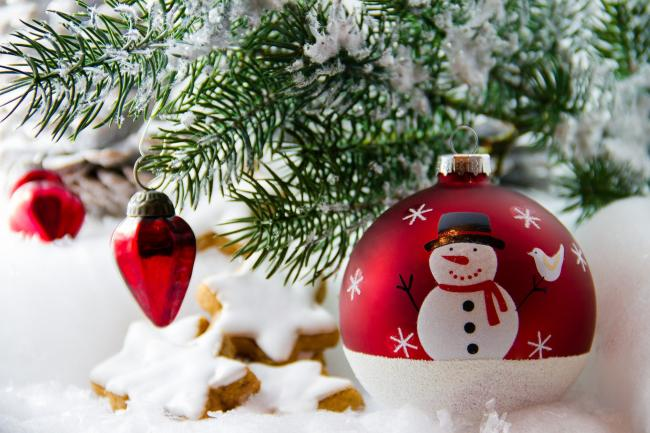 Non-stop 24-hour Christmas radio station launches two months early. Picture: Pixabay