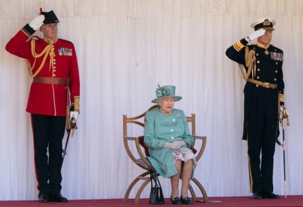 Royal Borough Observer: