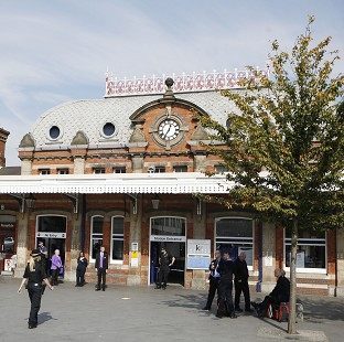 GWR says service should be resumed as normal after trains were cancelled after wires were obstructed at Slough Railway Station