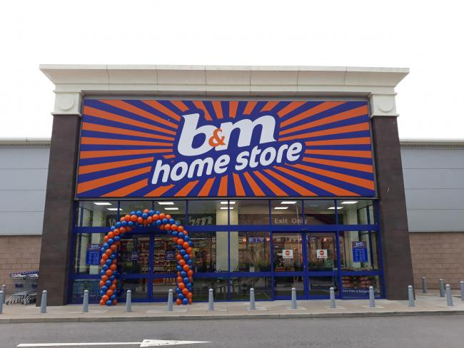 B&M offer amazing gesture to staff ahead of New Year