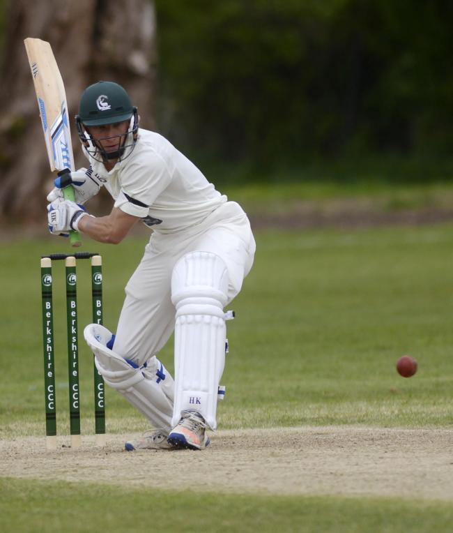 170461 - Berkshire (batting) v Wiltshire - pics by Paul Johns.Andy Rishton.